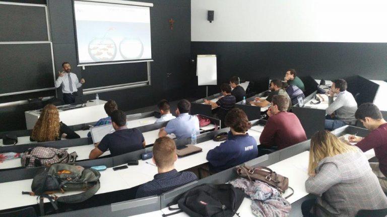 El 21 de mayo de 2018 en el Máster de automoción de la Universidad de Navarra